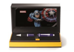 Luxury_Gift_Box_no_logos_open_Marvel_2